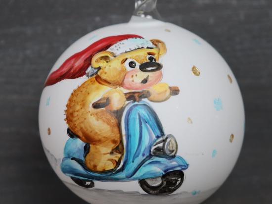 Teddy fährt Roller
