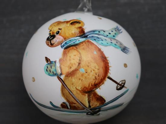 Teddy fährt Ski